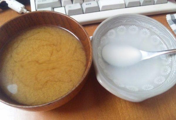 流動食 重湯と具なし味噌汁
