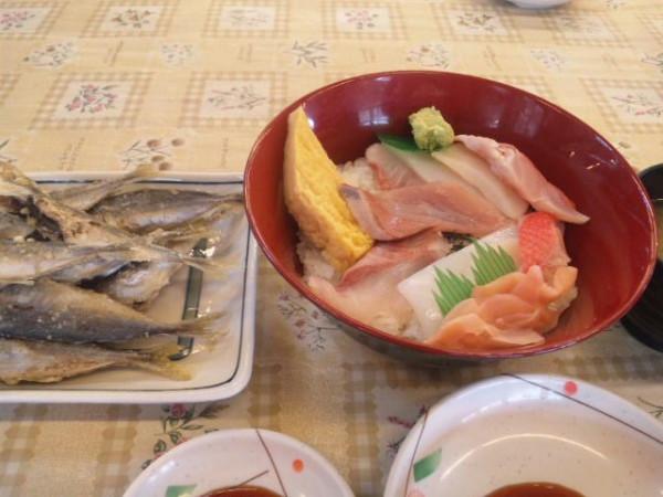 保田漁港 ばんや 地魚海鮮丼