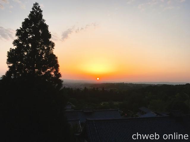 東大寺二月堂 沈みゆく夕陽