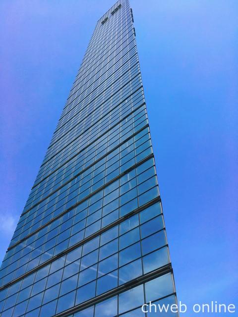 千葉ポートタワーは三角柱